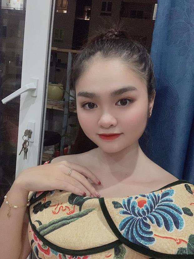 Bé Đu Đủ Thiện Nhân rụt rè ngày nào đã trổ mã thành thiếu nữ xinh đẹp, thích cả nhạc Hàn Quốc - Ảnh 6.