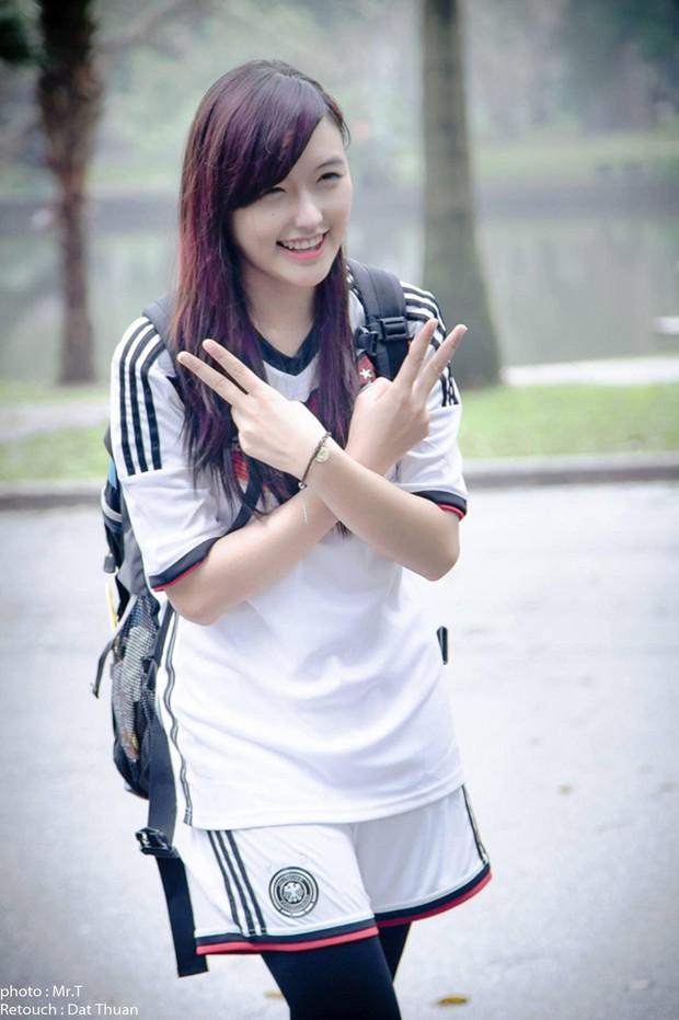 Nữ streamer Chi Chi bất ngờ khoe ảnh sexy cổ vũ đội tuyển Đức - Ảnh 6.