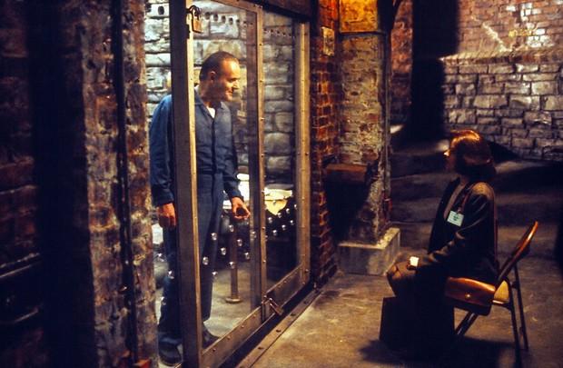 Bác sĩ tâm thần hút máu, chặt xác người tình, khoe khoang tội ác mà giờ vẫn tự do - cảm hứng cho nhân vật phản diện số 1 Hollywood - Ảnh 3.