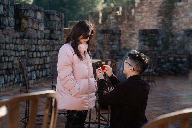 HOT: Hoa hậu Thu Hoài và bạn trai kém 10 tuổi chính thức thành vợ chồng hợp pháp, hé lộ luôn ảnh cưới cực tình! - Ảnh 6.