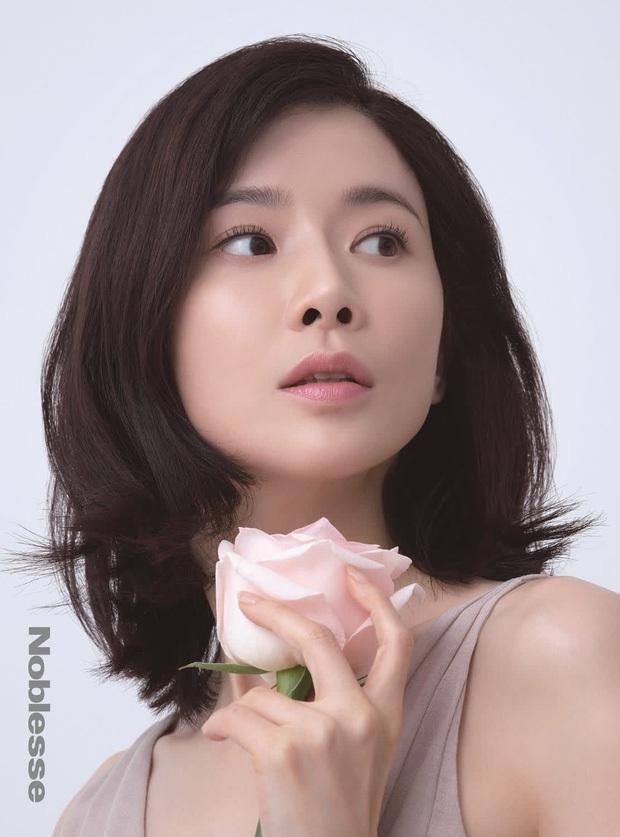 Mợ út tài phiệt của Mine Lee Bo Young: Hoa hậu bị gán mác tiểu tam, cự tuyệt tài tử Ji Sung rồi lại cùng chàng có kết đẹp như cổ tích - Ảnh 2.