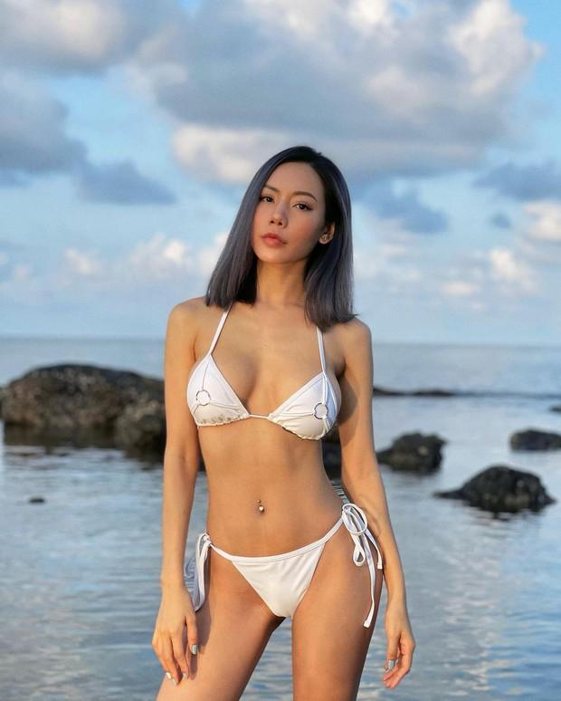 Hôm nay nóng quá nhưng cũng không thể khét bằng dàn gái xinh đang đại chiến bikini! - Ảnh 4.