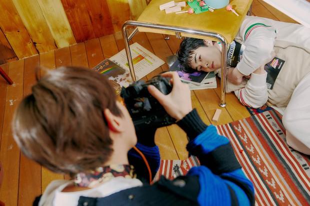 EXO tung ảnh comeback tự chụp cho nhau: Visual lão hóa ngược, tưởng ngầu mà hóa ra cute xỉu - Ảnh 21.