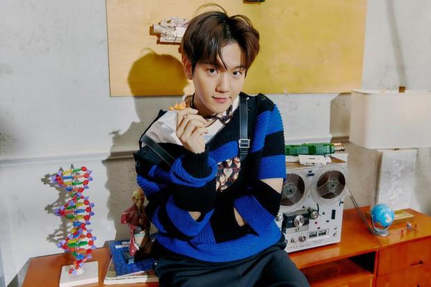 EXO tung ảnh comeback tự chụp cho nhau: Visual lão hóa ngược, tưởng ngầu mà hóa ra cute xỉu - Ảnh 9.