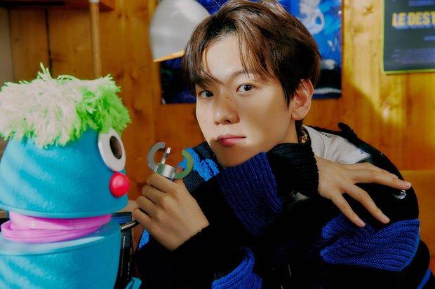 EXO tung ảnh comeback tự chụp cho nhau: Visual lão hóa ngược, tưởng ngầu mà hóa ra cute xỉu - Ảnh 10.