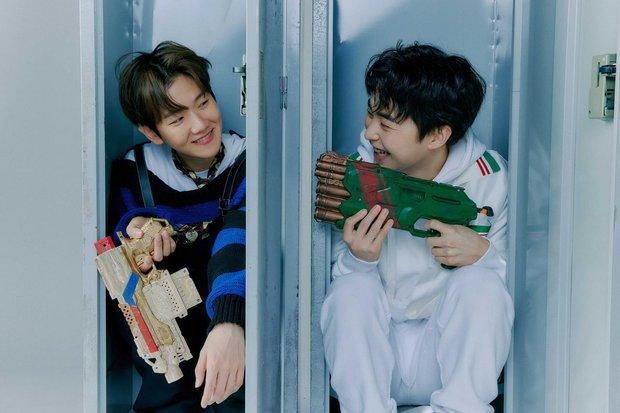 EXO tung ảnh comeback tự chụp cho nhau: Visual lão hóa ngược, tưởng ngầu mà hóa ra cute xỉu - Ảnh 32.