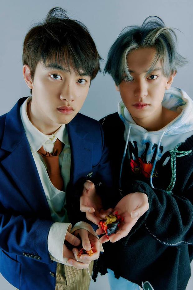 EXO tung ảnh comeback tự chụp cho nhau: Visual lão hóa ngược, tưởng ngầu mà hóa ra cute xỉu - Ảnh 33.