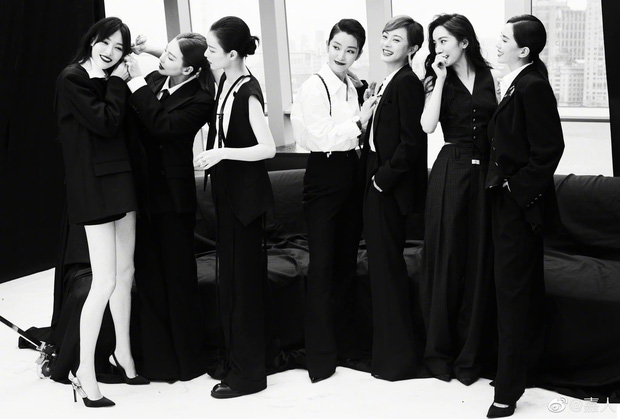 Điếng người trước 1 sự kiện của Cbiz: Toàn ngự tỷ diện menswear đẹp lịm tim, nhìn mà học hỏi cách diện suit nhé các nàng! - Ảnh 1.