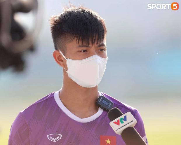 Phan Văn Đức: Đối thủ của tuyển Việt Nam mạnh nhưng thầy Park cũng có chiến thuật cả rồi - Ảnh 1.