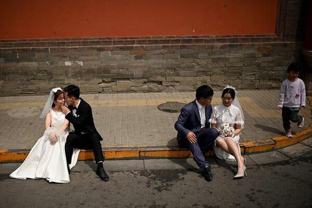 Đàn ông Trung Quốc đua nhau... triệt sản dù chưa vợ con bất chấp đi ngược lại đạo lý ngàn năm: Tại sao lại như vậy? - Ảnh 4.