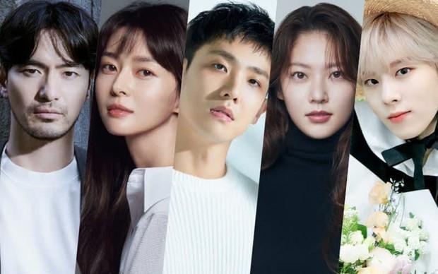 Đài tvN khoe loạt bom tấn Hàn nửa cuối 2021: Đến bao giờ mới được thấy mợ chảnh Jun Ji Hyun tái xuất đây? - Ảnh 14.