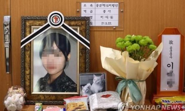 Hàn Quốc chấn động vụ việc nữ sĩ quan tự vẫn vì bị các đồng đội tấn công tình dục nhiều lần - Ảnh 1.