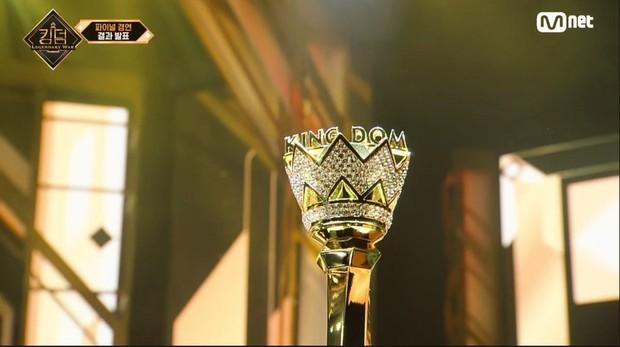 Stray Kids vượt mặt loạt đàn anh iKON, BTOB... chính thức lên ngôi Quán quân Kingdom - Ảnh 3.