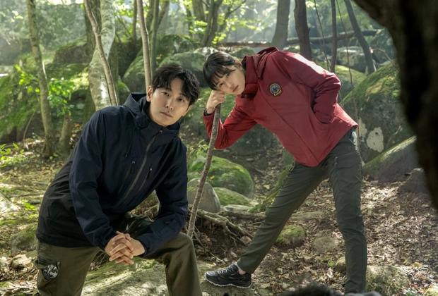 Đài tvN khoe loạt bom tấn Hàn nửa cuối 2021: Đến bao giờ mới được thấy mợ chảnh Jun Ji Hyun tái xuất đây? - Ảnh 12.