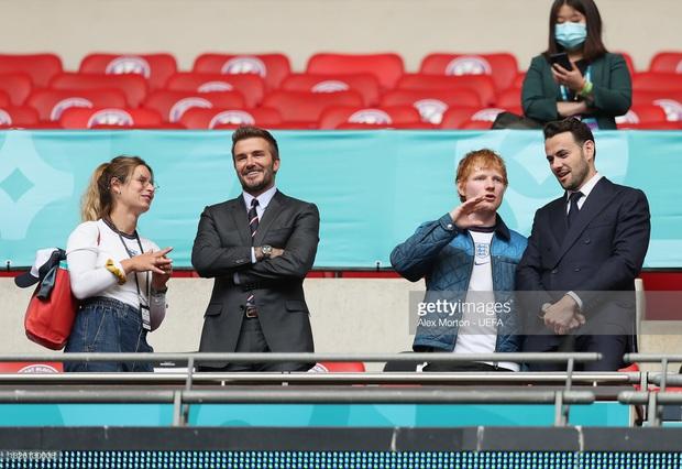 """""""Nội dung"""" hot nhất trận Anh - Đức đêm qua David Beckham: Có bản HD căng đét mời chị em vào """"húp trọn"""" cực phẩm! - Ảnh 15."""