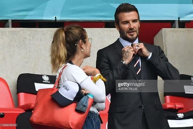 """""""Nội dung"""" hot nhất trận Anh - Đức đêm qua David Beckham: Có bản HD căng đét mời chị em vào """"húp trọn"""" cực phẩm! - Ảnh 13."""