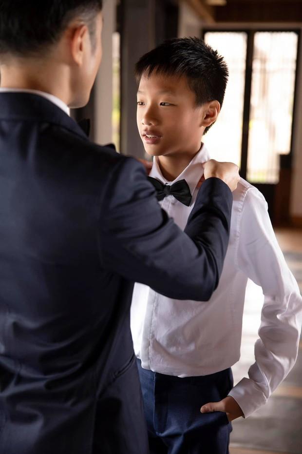 Trọn vẹn bộ ảnh cưới đẹp như phim của Thu Hoài và ông xã kém 10 tuổi, xúc động khung cảnh các con bên bố dượng! - Ảnh 8.