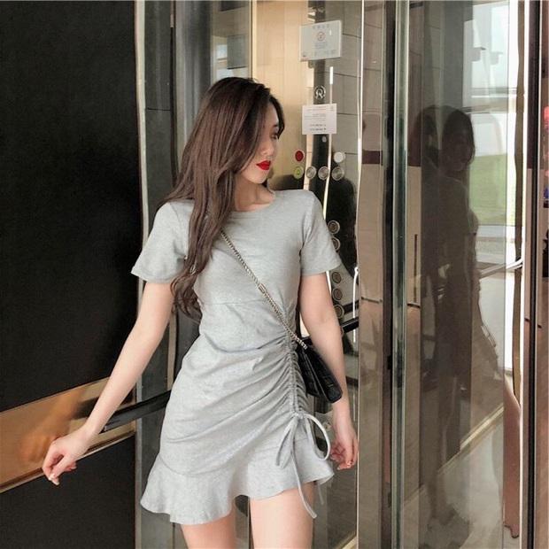 Jennie khoe dáng với váy rút dây giá 8 triệu, các nàng có thể sắm mẫu tương tự với giá rẻ giật mình  - Ảnh 2.