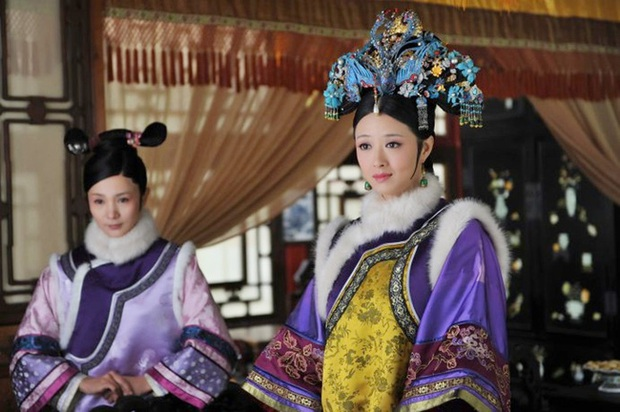 Cảnh phim Chân Hoàn Truyện khiến Hoa phi Tưởng Hân nôn ói tại chỗ, vợ chồng đạo diễn lục đục cãi lộn - Ảnh 1.