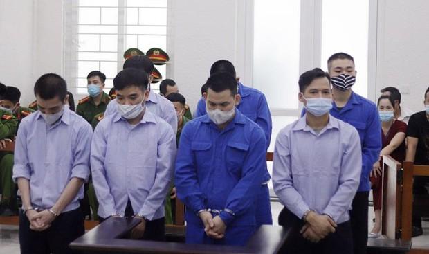 Quang Rambo và băng nhóm bị phạt tù vì đòi nợ thuê - Ảnh 2.