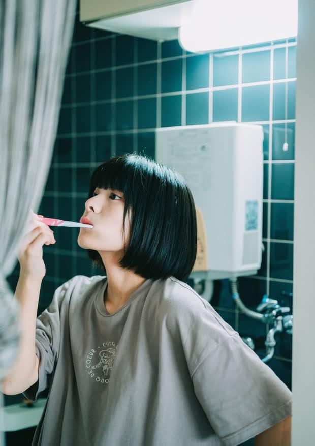3 dấu hiệu bất thường trong khoang miệng ngầm cảnh báo bệnh ung thư lưỡi đang tiến triển - Ảnh 4.