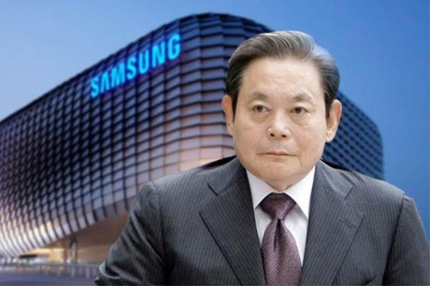 Vụ án thế kỷ của Hoàng đế và Thái tử Samsung: Cặp cha con chaebol quyền lực nhất Hàn Quốc lần lượt ngồi tù cùng vì một tội danh - Ảnh 1.