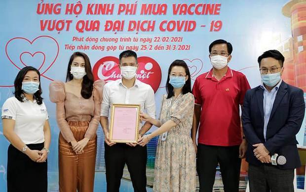Vbiz chung tay làm điều đẹp: 30 nghệ sĩ đã cùng kêu gọi, ủng hộ hàng tỷ đồng cho quỹ Vaccine phòng Covid-19 - Ảnh 7.