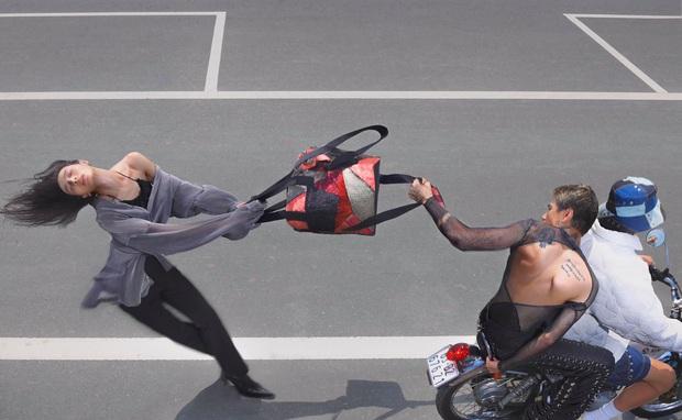 Chụp ảnh concept cướp giật để quảng bá thời trang, 1 thương hiệu Việt gây ra tranh cãi - Ảnh 1.