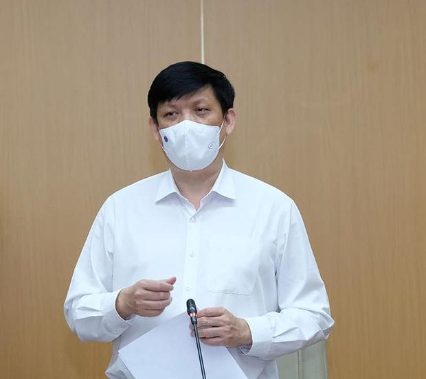 Vingroup trao tặng Bộ Y tế 30 máy xét nghiệm Covid-19 qua hơi thở và 2 triệu mẫu test, tổng trị giá hơn 460 tỷ đồng - Ảnh 2.