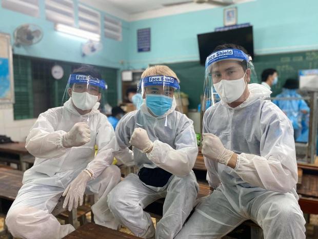 Vbiz chung tay làm điều đẹp: 30 nghệ sĩ đã cùng kêu gọi, ủng hộ hàng tỷ đồng cho quỹ Vaccine phòng Covid-19 - Ảnh 33.