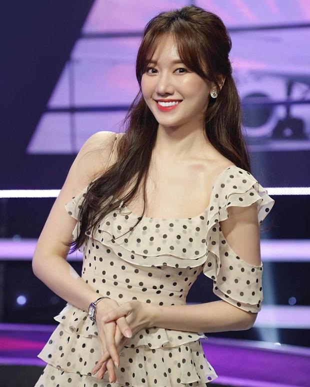 Hari Won tung clip nhảy cực bá đạo, netizen troll ngay và luôn: Không hổ danh idol Kpop hụt - Ảnh 9.