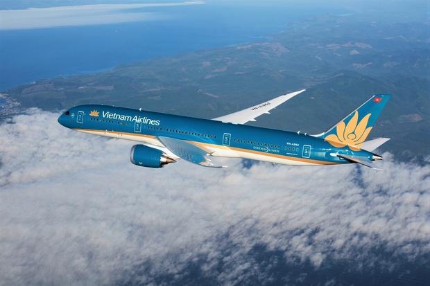 Lần đầu tiên Vietnam Airlines mở bán vé máy bay đồng giá 26K/chiều, xem kĩ chương trình ai cũng tiếc hùi hụi vì 1 lý do - Ảnh 1.