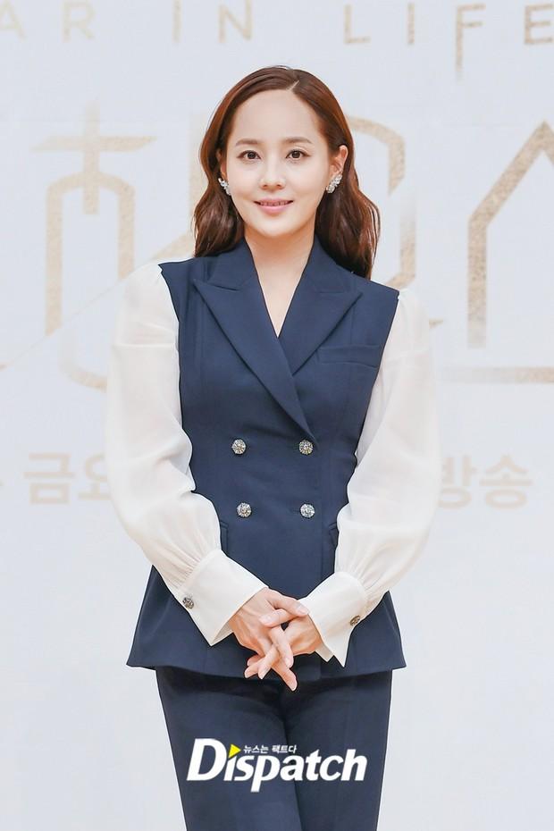 Màn đọ sắc hot nhất họp báo Penthouse 3: Ác nữ Kim So Yeon body mlem, Eugene - Lee Ji Ah tuột dốc, nhưng sao nhí mới là tâm điểm - Ảnh 6.