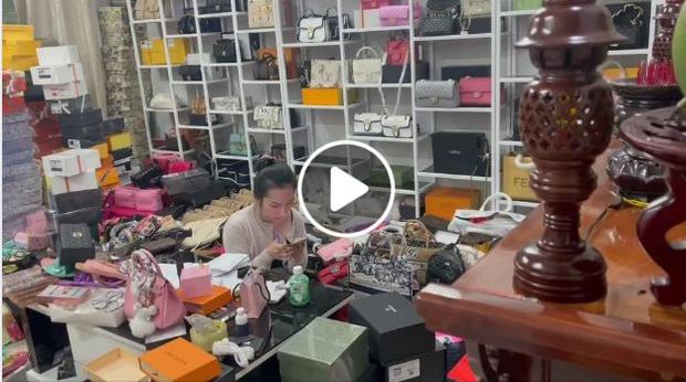 Vợ Lê Dương Bảo Lâm bị netizen lên án gay gắt vì kinh doanh hàng giả, nam danh hài có động thái đáng chú ý để bảo vệ bà xã - Ảnh 2.