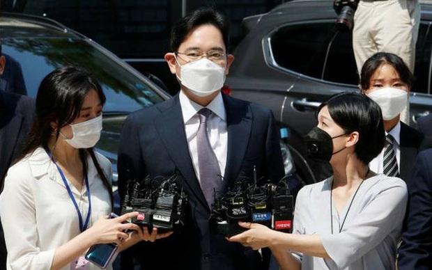 Chủ tịch SK, LG, Hyundai kêu gọi Tổng thống Hàn Quốc ân xá cho thái tử Samsung - Ảnh 1.