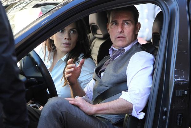 Bom tấn Mission: Impossible 7 đột ngột hoãn quay vì Covid-19, Tom Cruise năm lần bảy lượt quá là xui! - Ảnh 3.