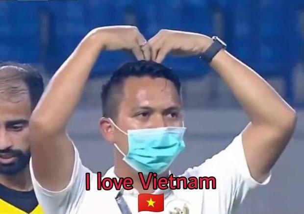 Fan Việt Nam chế loạt ảnh cà khịa Thái Lan sau trận đấu với Indonesia - Ảnh 5.