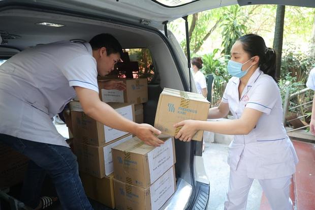 Phát minh vừa rẻ vừa tiện giúp các y bác sĩ ở Bắc Giang chống cái nóng cháy da thịt - Ảnh 10.