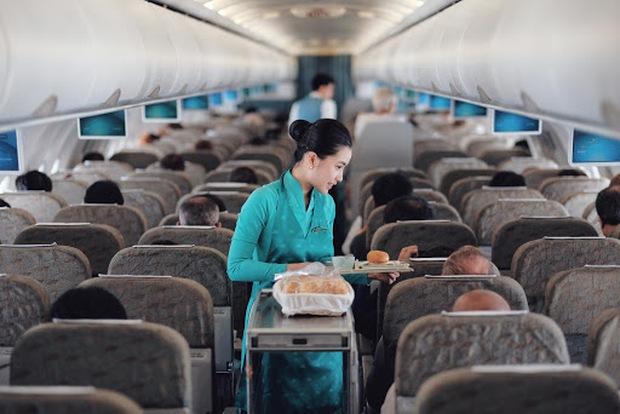 Lần đầu tiên Vietnam Airlines mở bán vé máy bay đồng giá 26K/chiều, xem kĩ chương trình ai cũng tiếc hùi hụi vì 1 lý do - Ảnh 2.