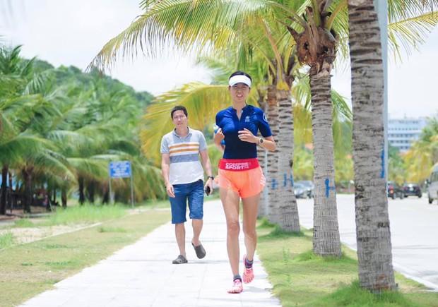 Nhan sắc trẻ trung xinh đẹp của Nguyễn Thu Thuỷ ở tuổi 45 khiến ai nấy đều xuýt xoa, đẳng cấp Hoa hậu Việt Nam có khác!  - Ảnh 11.