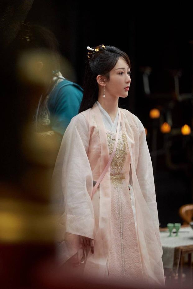 Dương Tử xinh yêu chả kém bà xã Vương Nhất Bác, khoe sắc trong hình hài nữ phụ siêu phẩm Khánh Dư Niên - Ảnh 7.