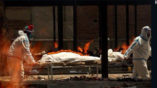 Ấn Độ trong những ngày tăm tối nhất: Phóng viên CNN chia sẻ những gì tận mắt chứng kiến về địa ngục Covid giữa làn sóng dịch bệnh thứ 2 - Ảnh 2.