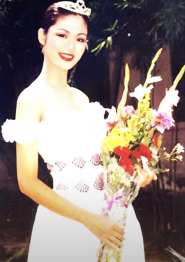 Loạt ảnh hiếm năm 18 tuổi của Hoa hậu Nguyễn Thu Thuỷ lúc đăng quang Hoa hậu Việt Nam, nhan sắc bất bại khó ai sánh bằng - Ảnh 3.