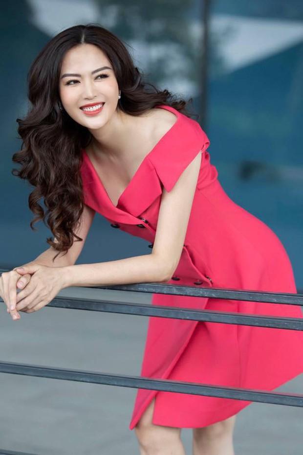Nhan sắc trẻ trung xinh đẹp của Nguyễn Thu Thuỷ ở tuổi 45 khiến ai nấy đều xuýt xoa, đẳng cấp Hoa hậu Việt Nam có khác!  - Ảnh 8.