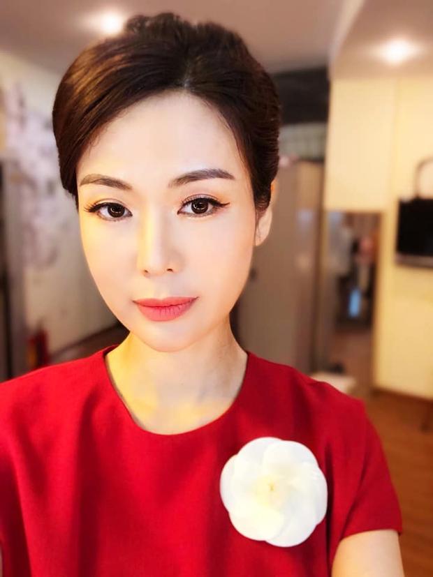 Nhan sắc trẻ trung xinh đẹp của Nguyễn Thu Thuỷ ở tuổi 45 khiến ai nấy đều xuýt xoa, đẳng cấp Hoa hậu Việt Nam có khác!  - Ảnh 4.
