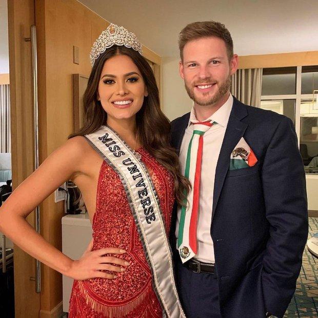 Sau 3 tuần đăng quang, Tân Miss Universe bỗng công khai bạn trai: Ngỡ ngàng còn là người nằm vùng trong cuộc thi! - Ảnh 2.