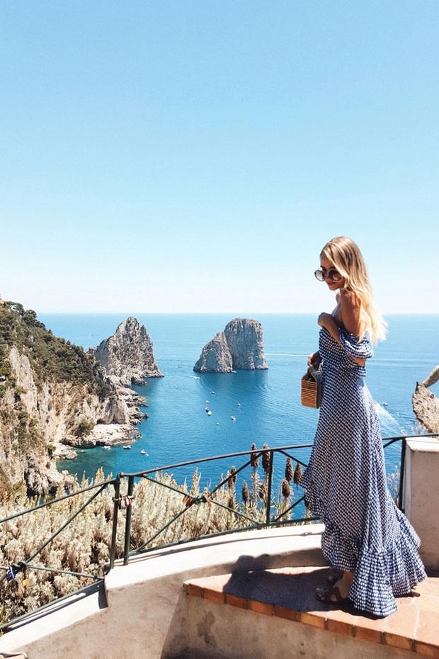 Choáng ngợp Capri - hòn đảo không Covid-19 ở châu Âu, điểm nghỉ dưỡng siêu cao cấp của người giàu trời Tây - Ảnh 2.