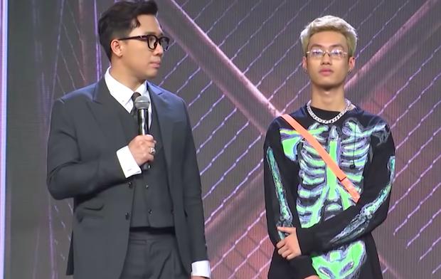 Từng bị Rhymastic nhận xét thiếu đầu tư, thí sinh rớt Rap Việt mùa 1 comeback ngoạn mục tại casting mùa 2! - Ảnh 6.