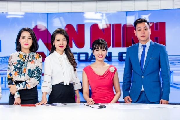 Nhìn lại loạt ảnh khoe nhan sắc không tuổi của Hoa hậu Thu Thủy khi làm MC trước lúc qua đời! - Ảnh 2.