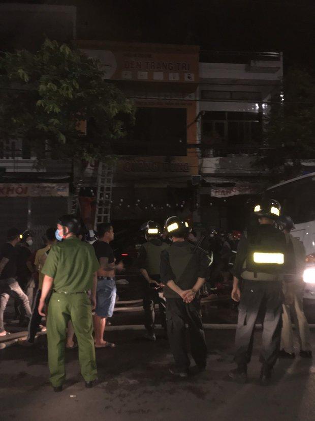 Cháy tiệm bán đồ điện, cả gia đình 4 người tử vong, trong đó phụ nữ đang mang thai - Ảnh 3.